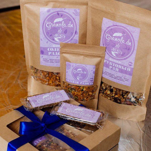 Стикер на упаковках для Granola.dn